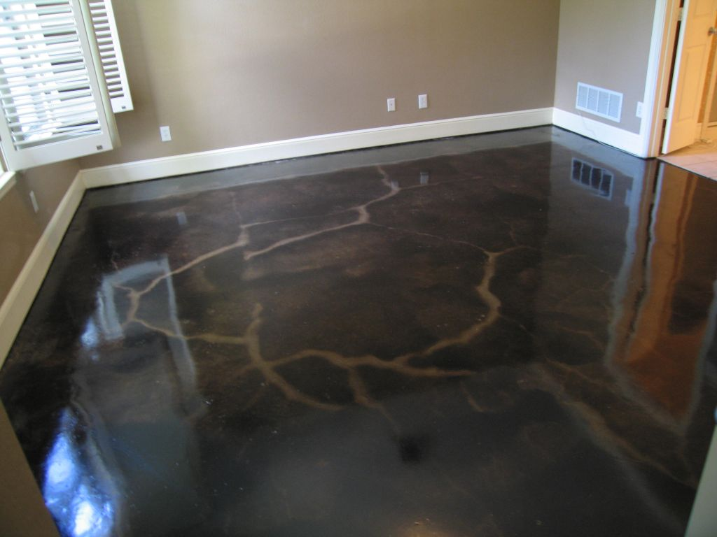 black stained concrete floors.  allwallconcepts